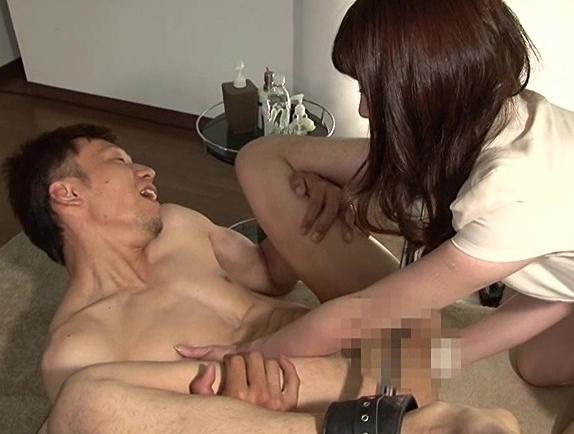 M男専門のセラピストがアナルフィストや足コキで男潮を噴かすの脚フェチDVD画像3
