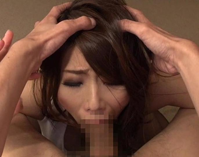 フェロモン熟女を完全着衣のままで犯しまくるパンスト着衣SEXの脚フェチDVD画像3