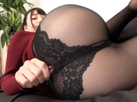 パンストフェチ必見!美脚美女のパンスト足コキや着衣SEXの脚フェチDVD画像1