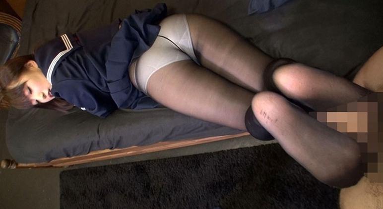 厳選 パンティストッキングマニア 女子○生の黒ストッキングSP 5時間半の脚フェチDVD画像6