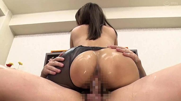 黒パンスト破かれ着衣性交!!面接と称して面接官の性癖を強要されるデカ尻敏感娘の脚フェチDVD画像6
