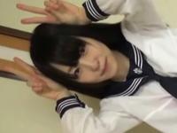 お嬢様学校に通う不思議系ちっぱい制服女子をゲット!