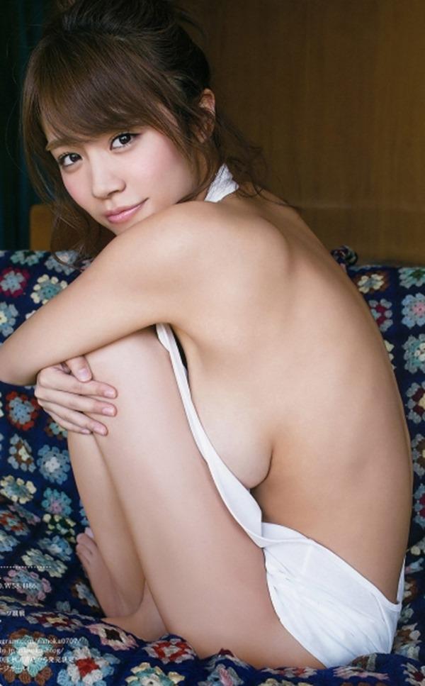 (菜乃花の豊満な美巨乳お乳乳房がこぼれすぎ)写真54枚