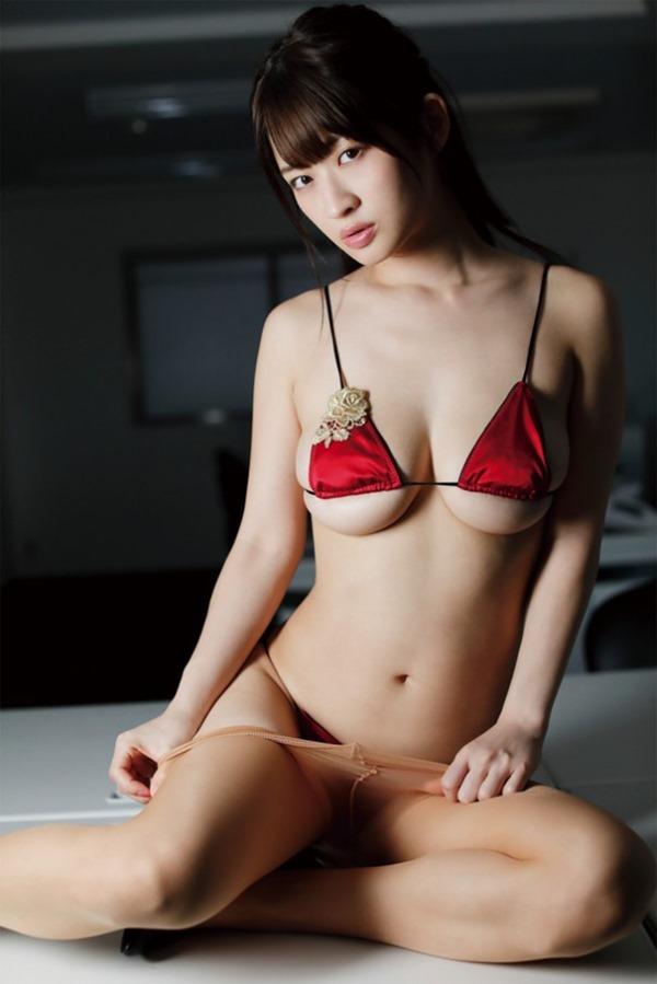 綾瀬羽乃16