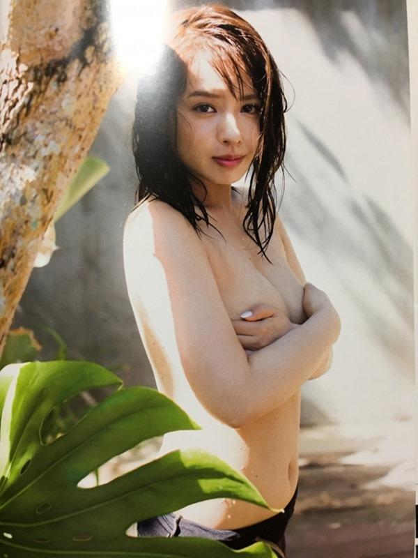 山田菜々1