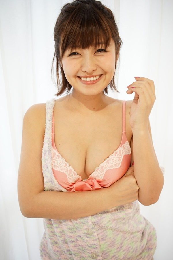 綾瀬羽乃1