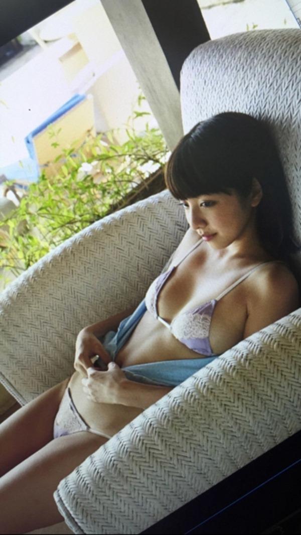 本郷杏奈23
