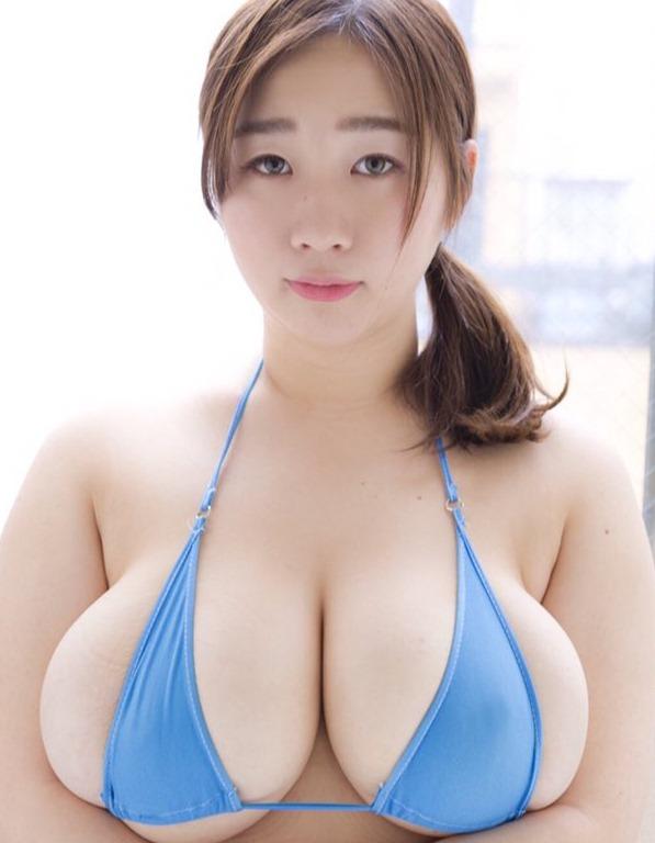 【来栖あこ(110㎝・Kカップ巨乳)セクシー乳出し水着グラビア】画像25枚
