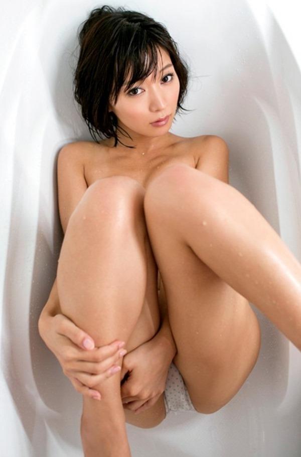 階戸瑠李26