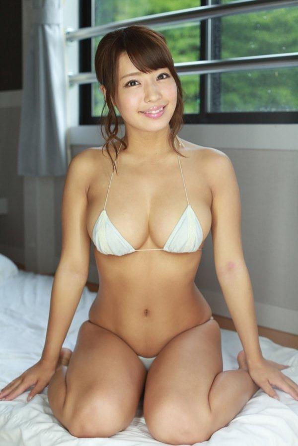 橋本梨菜28