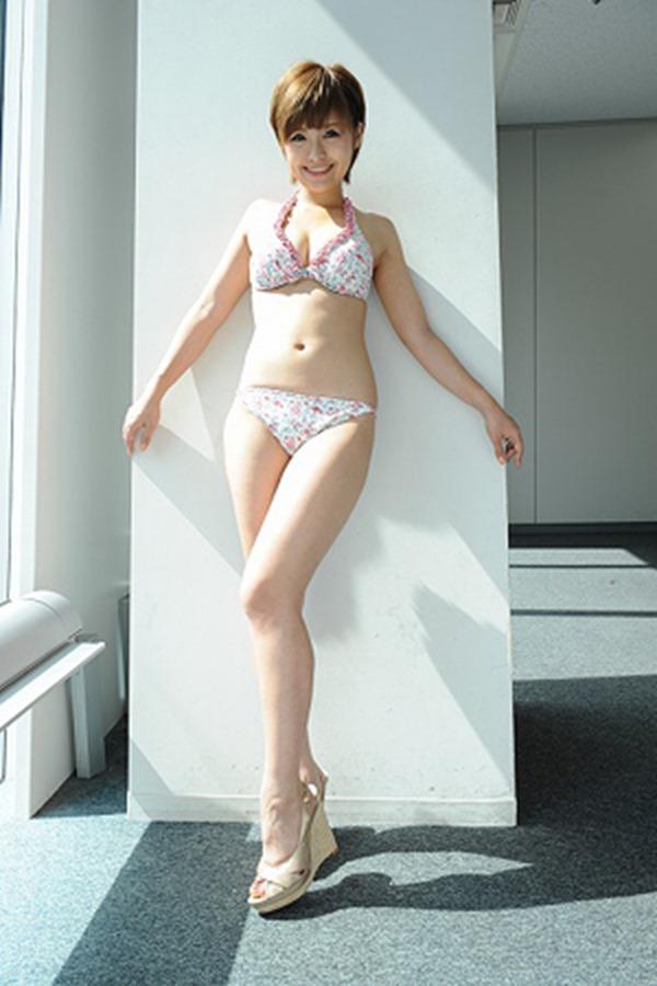 綾瀬羽乃28