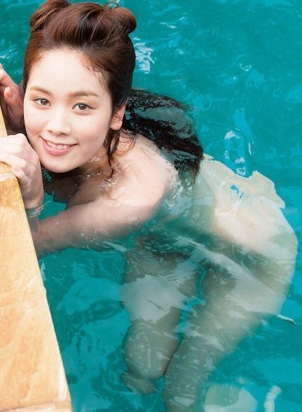 (筧美和子の大きな美巨乳お乳お尻がマシュマロ)写真36枚