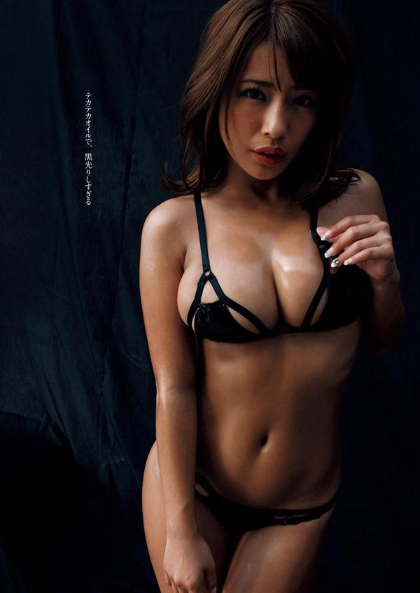 橋本梨菜31