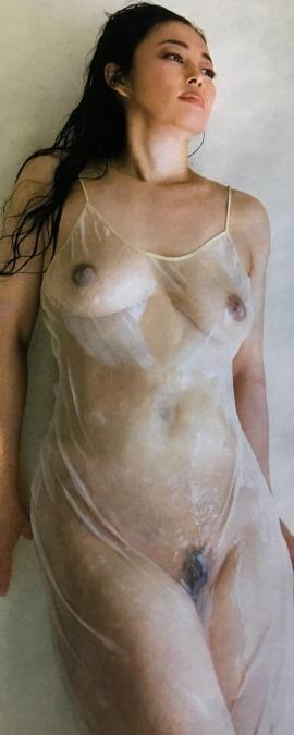 【中島知子(元オセロ)が写真集(黒扉)で過激な全裸ヌード】画像33枚
