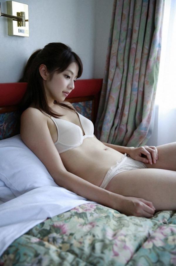 本郷杏奈42