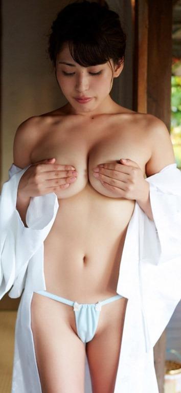 (カネ子智美(元AKB)がTwitterで裸セミぬーど美巨乳お乳開放)写真55枚