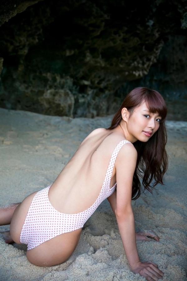 内田理央7