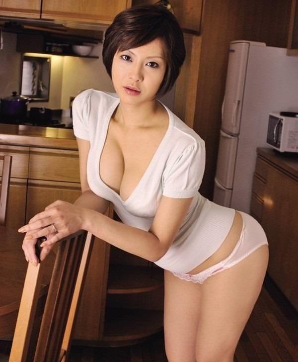 清楚美人妻1