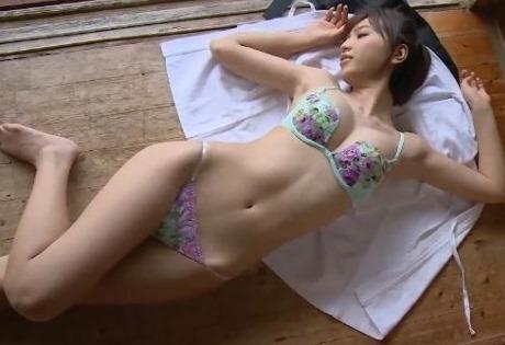 【かえひろみ(ミス成城大学・夏江紘実)88㎝・Fカップ巨乳グラビア】画像・動画