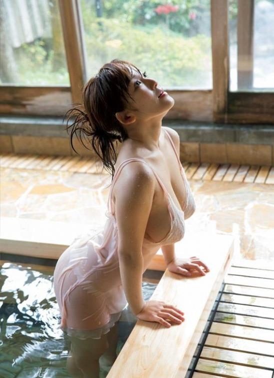 【天木じゅん(95㎝・Iカップ超乳)お色気ヌードグラビア】画像・動画