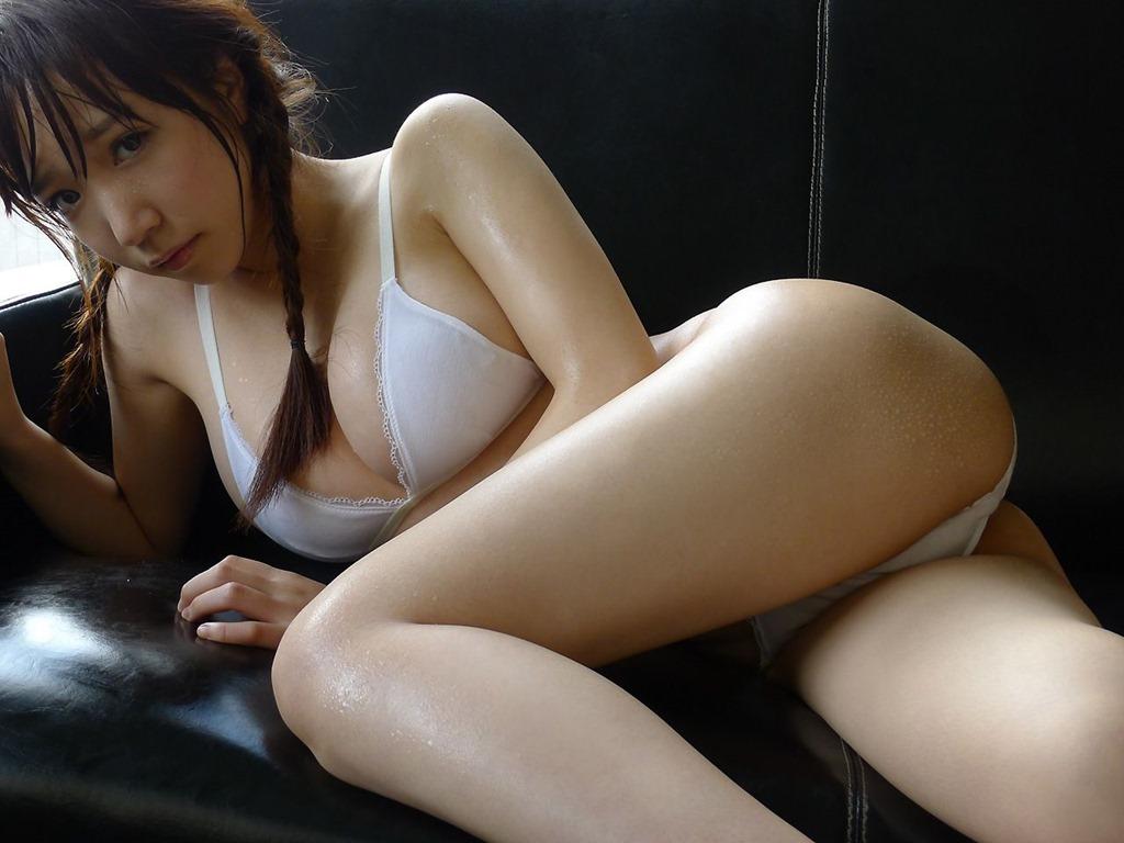 【清水あいり(Hカップ爆乳)お色気グラビア】画像・動画