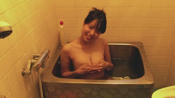 入浴中素人娘10