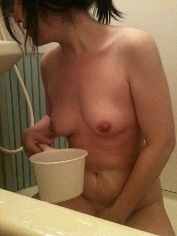入浴中素人娘13