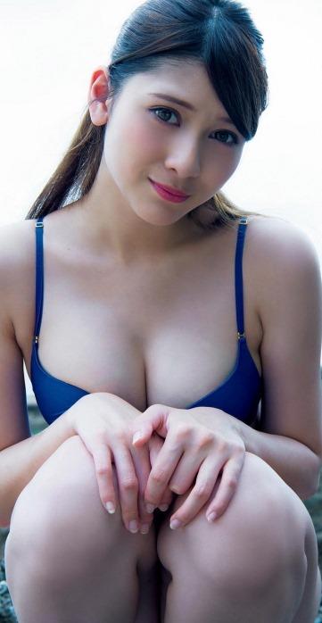 【アンジェラ芽衣(広瀬すず最注目)のセクシーな巨乳おっぱい水着姿】画像45枚