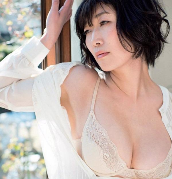 川村 恵美子