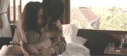 夫・千紘に抱きしめられて泣くユリ