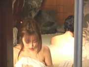 幸一と混浴する千鶴子