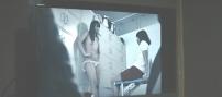 ビデオに映る半裸の女子生徒