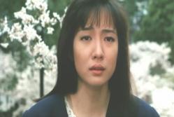 泣いている涼子