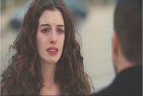 泣きそうになるマギー