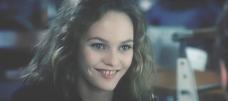 微笑むマリー