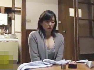 ☆新堂有望|FAプロ☆夫が入院して性欲処理はオナニーで済ましている女。。そんな息子嫁を狙って義父が家にやって来ますが..