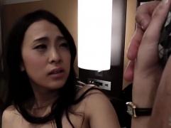 【個人撮影】マジ信じられない美貌の美人妻がナンパされて即ホテルに入り肉棒に乱れ狂ってしまうw