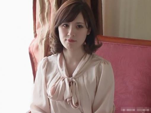 ※朗報※こんなに白い必要性があるのか?というほど色白美肌な美人妻の小泉杏里さんがAV出演!(舞ワイフ)