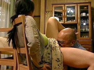 【ヘンリー塚本】「スキモノ母の不倫NTR物語・・・照」欲求不満の巨乳美女が禁断のセックスで逝きまくり♡