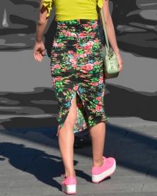 花柄タイトなロングスカート
