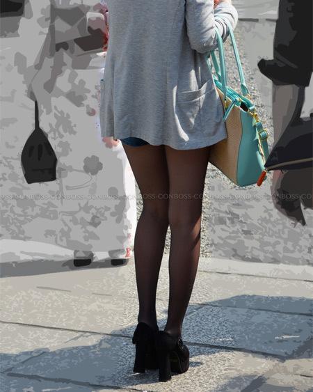 スレンダー美脚の薄手黒ストッキングが美し過ぎる♪