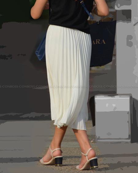 ロングのプリーツスカート
