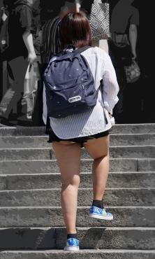 ■ ■vol345-デニムショートパンツ履いたむっちり美脚