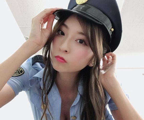 グラビアアイドル 画像