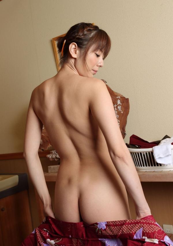 スレンダー巨乳画像 細身のデカパイ美女130枚の006枚目