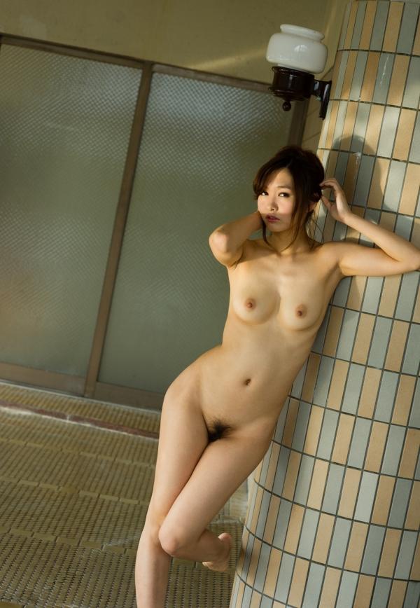 スレンダー巨乳画像 細身のデカパイ美女130枚の016枚目