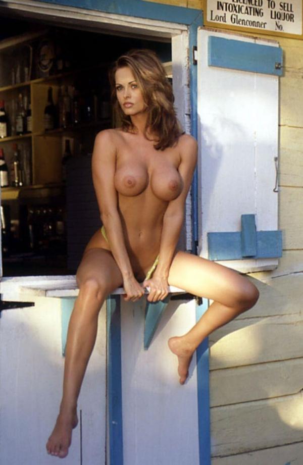 トランプの愛人カレン マクドゥーガルのヌード画像52枚の45枚目