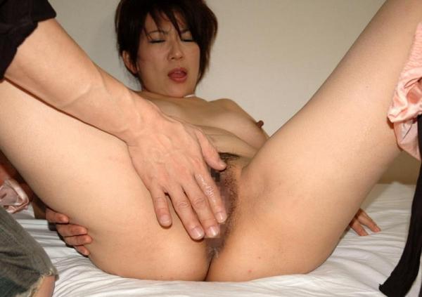 40代熟女エロ画像 セックスレスの奥様が久しぶりにセックス60枚の25枚目
