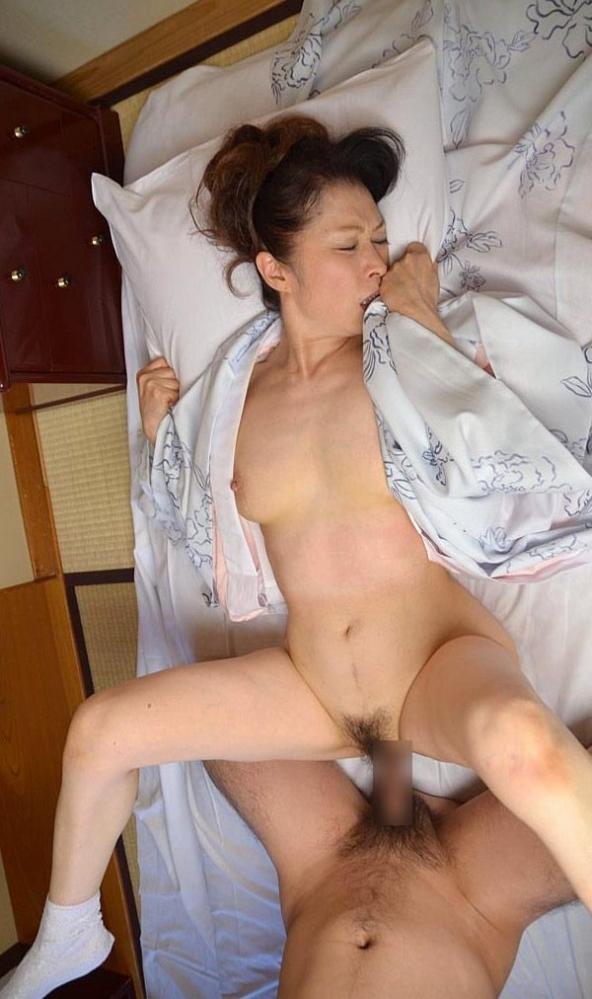 老化が否めない五十路の着物熟女のセックス画像22枚の17-1番