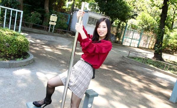 子持ちスレンダー人妻 阿部栞菜(あべかんな)エロ画像100枚のb004枚目